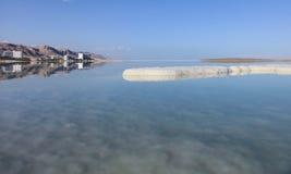 Ajardina o Mar Morto mineral salgado dos termas Imagem de Stock