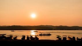 ajardina o por do sol da natureza em Tailândia Imagem de Stock