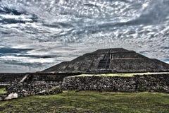 Ajardinar arqueológico do local Fotos de Stock