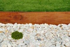 Ajardinar do jardim da frente Imagens de Stock