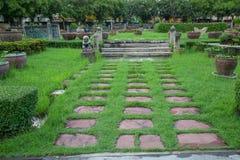 Ajardinar no jardim Imagem de Stock