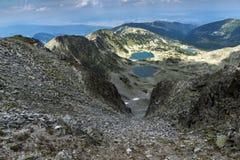 Ajardine aos lagos Musalenski do pico de Musala, montanha de Rila Imagem de Stock Royalty Free