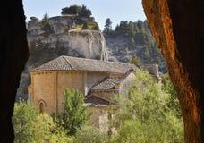 Ajardine com caverna e eremitério de Bartolome em Soria, Espanha Imagem de Stock