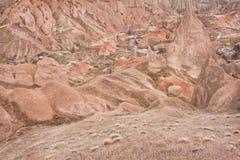 Ajardine com formações antigas do arenito em montanhas rochosas Imagem de Stock