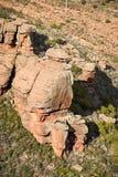 Ajardine com formações de rocha estranhas em Peracence, Espanha Foto de Stock
