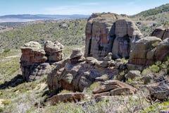 Ajardine com formações de rocha estranhas em Peracence, Teruel, Espanha Fotos de Stock