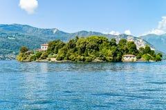 Ajardine com lago Maggiore e ilha Madre, Itália Fotos de Stock