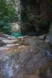 Ajardine com rio e cachoeiras na ilha de Lefkada, GR Foto de Stock Royalty Free