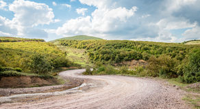 Ajardine com a trilha de carro nas montanhas, Turquia Imagem de Stock Royalty Free
