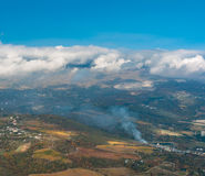 Ajardine com vista aérea em subúrbios do recurso de Partenit na península crimeana Foto de Stock Royalty Free