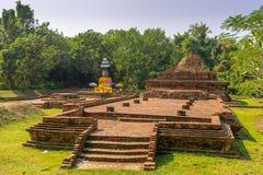 Ajardine com Wiang Kum Kam, a cidade antiga perto de Chiang Mai, Tailândia Imagem de Stock Royalty Free