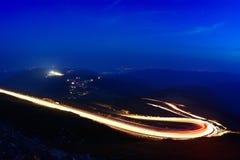 Ajardine das montanhas rochosas de Fagaras em Romênia na soma Imagem de Stock Royalty Free