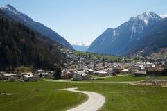 Ajardine de Suíça a Tirano pelo trem expresso de Bernina Imagem de Stock