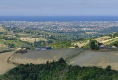 Ajardine em Romagna no verão do al Rubicone de Sogliano Fotografia de Stock