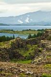 Ajardine em torno do lago Thingvallavatn no parque nacional de Thingvellir Imagem de Stock Royalty Free