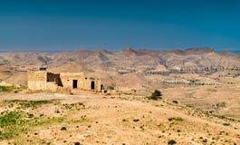 Ajardine em Toujane, uma aldeia da montanha do Berber em Tunísia do sul Imagem de Stock