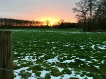 Ajardine em Wachtendonk/para o norte em Reno-Westphalia/ALEMANHA no inverno Fotos de Stock