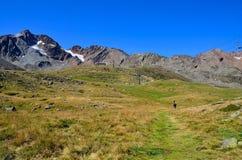 Ajardine en los senales val, el Tyrol del sur Italia Imagenes de archivo