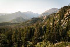 Ajardine a imagem das montanhas em Rocky Mountain National Park, Colorado Imagem de Stock