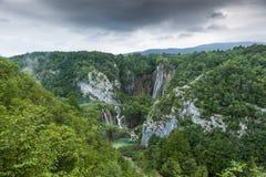 Ajardine a imagem do parque nacional dos lagos Plitvice Imagens de Stock