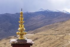 Ajardine la visión desde el monasterio budista de Ganden - cerca de Lasa, Tíbet Foto de archivo libre de regalías