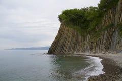 Ajardine na costa do Mar Negro e na rocha de Kiseleva Tuapse, Russ Foto de Stock