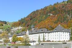 Ajardine na vila de Engelberg em Suíça Foto de Stock