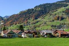 Ajardine na vila de Engelberg em Suíça Imagens de Stock Royalty Free