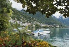 Ajardine a negligência do Montreux e dos iate, Suíça Fotografia de Stock