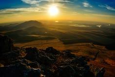 Ajardine no por do sol/nascer do sol - Dobrogea, Romênia Fotografia de Stock
