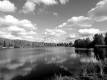 Ajardine no rio ao estilo de uma foto velha Fotos de Stock