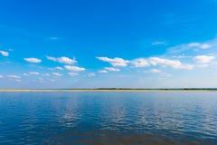 Ajardine no rio de Irravarddy, Mandalay, Myanmar, Burma Copie o espaço para o texto Foto de Stock Royalty Free