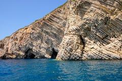 Ajardine o detalhe de penhascos do oceano de Paleokastritsa, Corfu Foto de Stock