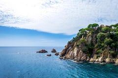 Ajardine o litoral Lloret de Mar, Costa Brava, Catalonia, Espanha Foto de Stock Royalty Free