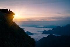 Ajardine o nascer do sol na natureza no fá do qui de Phu em Chiang Rai Fotografia de Stock
