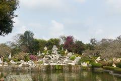 Ajardine o projeto em milhão anos de parque de pedra em Pattaya, Tailândia Imagem de Stock