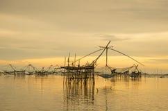 Ajardine o tempo do nascer do sol da prefeitura do phattalung, Tailândia Foto de Stock