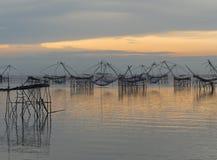 Ajardine o tempo do nascer do sol da prefeitura do phattalung, Tailândia Fotos de Stock