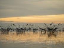 Ajardine o tempo do nascer do sol da prefeitura do phattalung, Tailândia Imagens de Stock