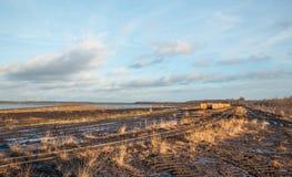 Ajardine o tiro com trilhas e sistema de pontos de um trem da turfa Imagens de Stock Royalty Free