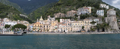Ajardine a vila de Cetara, península de Amalfi, Itália Foto de Stock Royalty Free