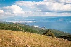 Ajardine a vista ao mar de Marmara e de Derice em Turquia Fotografia de Stock Royalty Free