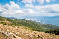 Ajardine a vista ao mar de Marmara em Turquia Fotos de Stock Royalty Free