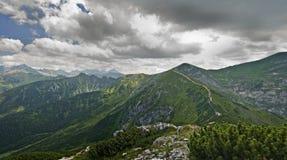 Ajardine a vista de Giewon, Tatra, Polônia Foto de Stock