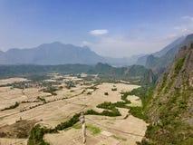 Ajardine a vista de Pha Ngeun Vang Vieng, Laos Fotos de Stock