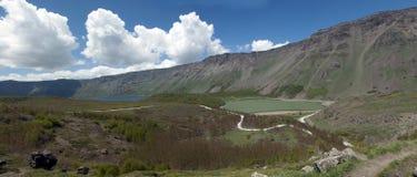 Ajardine, vista del lago Nemrut del origen volcánico en Turquía Imágenes de archivo libres de regalías
