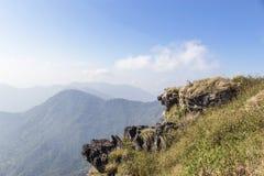 Ajardine a vista do parque nacional da montanha do fá do qui de Phu em Chiang Rai, Tailândia Imagens de Stock Royalty Free