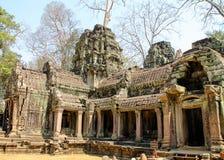 Ajardine a vista dos templos em Angkor Wat, Siem Reap, Camboja Foto de Stock Royalty Free