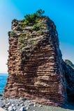 Ajardine a vista no mar e na montanha em Montenegro Foto de Stock Royalty Free
