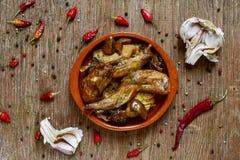 Ajillo Al Conejo, μια χαρακτηριστική ισπανική συνταγή του κουνελιού στοκ εικόνα